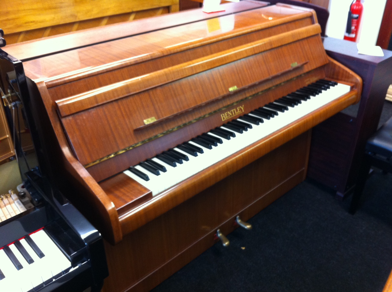 Bentley Piano Cherry