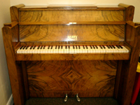 Berry Piano (Art Deco Style - 6 Octaves)