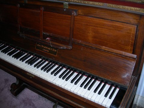 images/Broadwood Piano