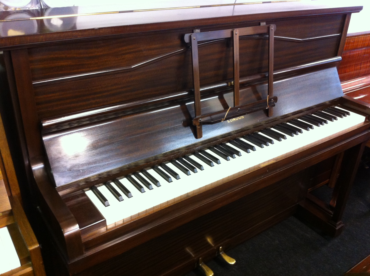 Second hand chappell upright piano for What are the dimensions of an upright piano