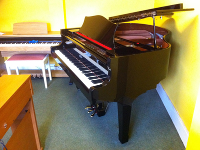 Classenti Baby Grand Piano GP-146