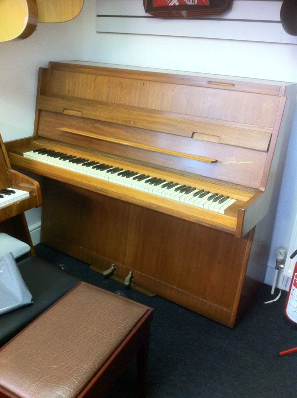 Danemann Piano