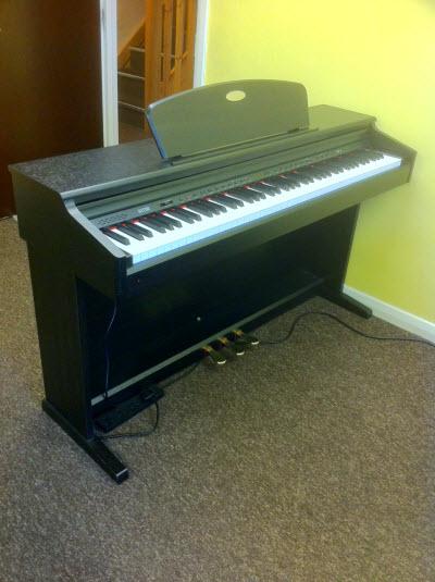 H Star Piano