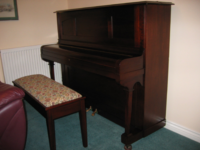 JJ Hopkinson Piano Lid Closed