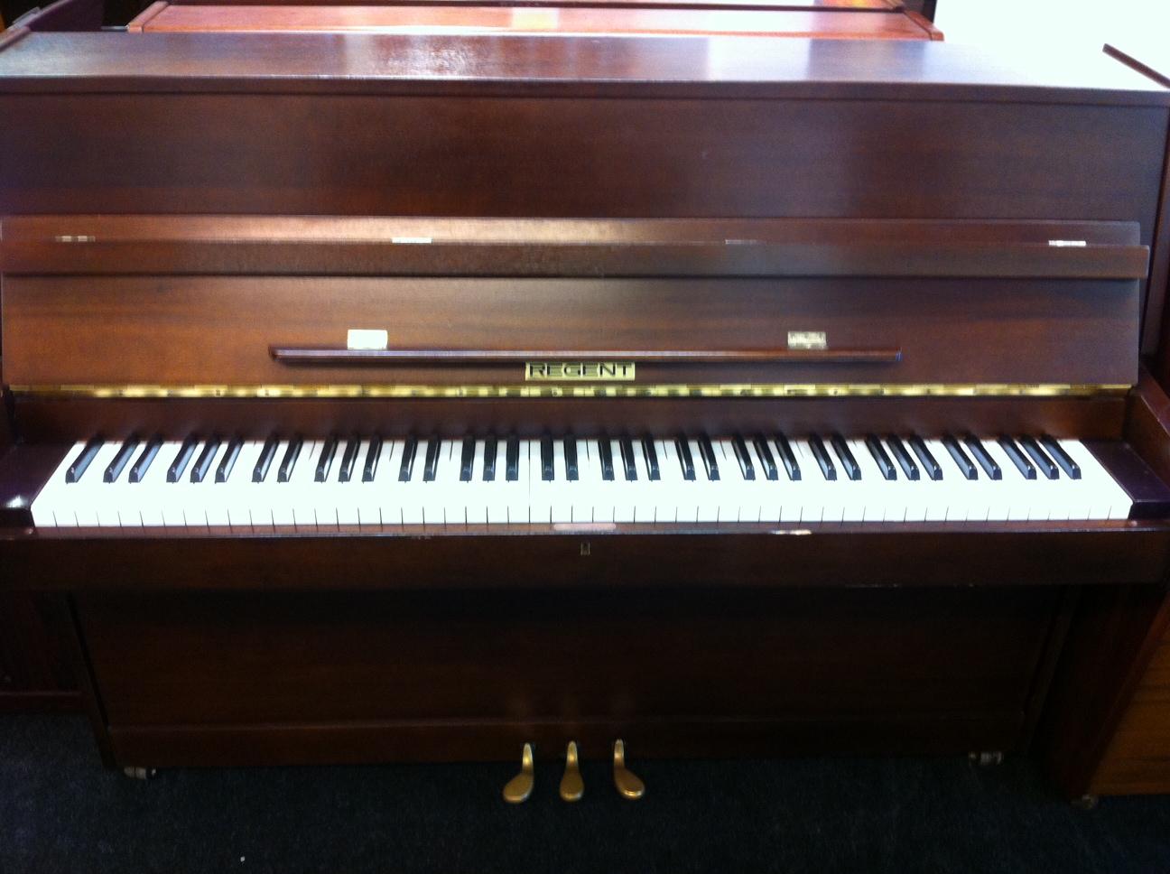 Regent Piano