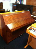 Squire upright piano