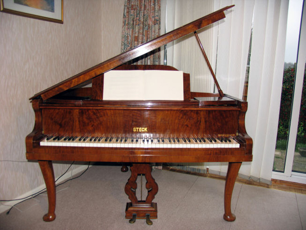 Steck Baby Grand
