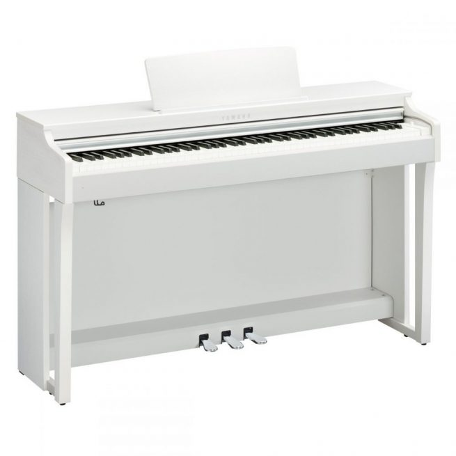 Yamaha CLP625 in White