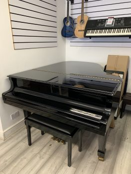 Klima Grand Piano with lid closed